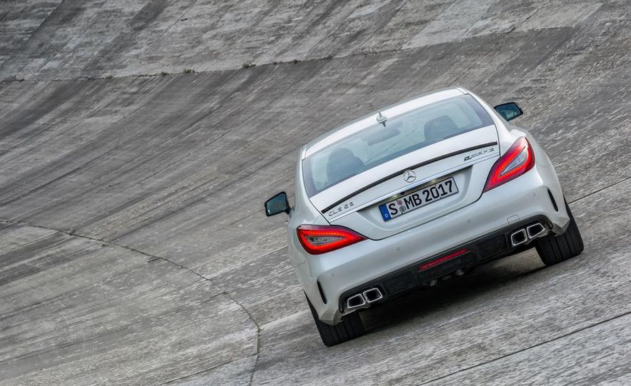 2014 BMW M5 with Competition Package - Slide 27