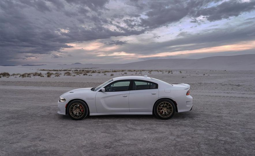 2014 BMW M5 with Competition Package - Slide 45
