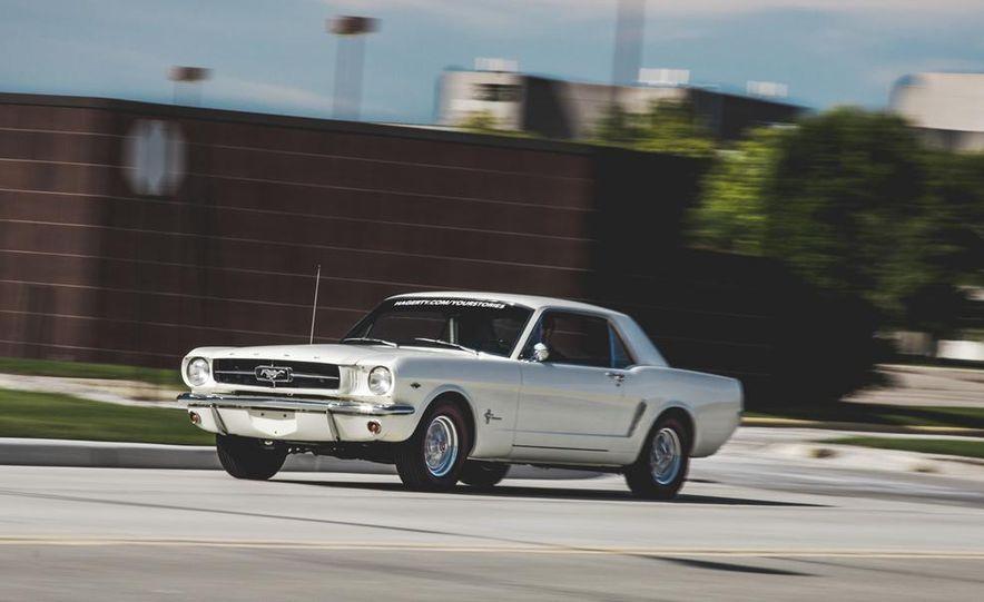 1964.5 Ford Mustang - Slide 2
