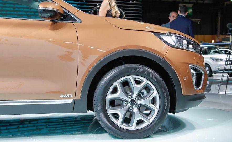2016 Kia Sorento AWD (Euro-spec) - Slide 6
