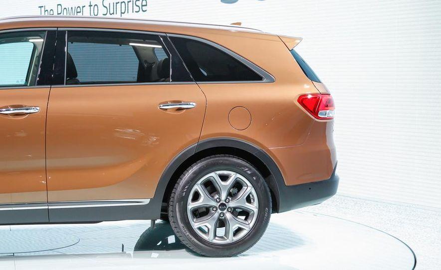 2016 Kia Sorento AWD (Euro-spec) - Slide 8