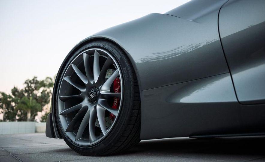 Toyota FT-1 concept - Slide 10