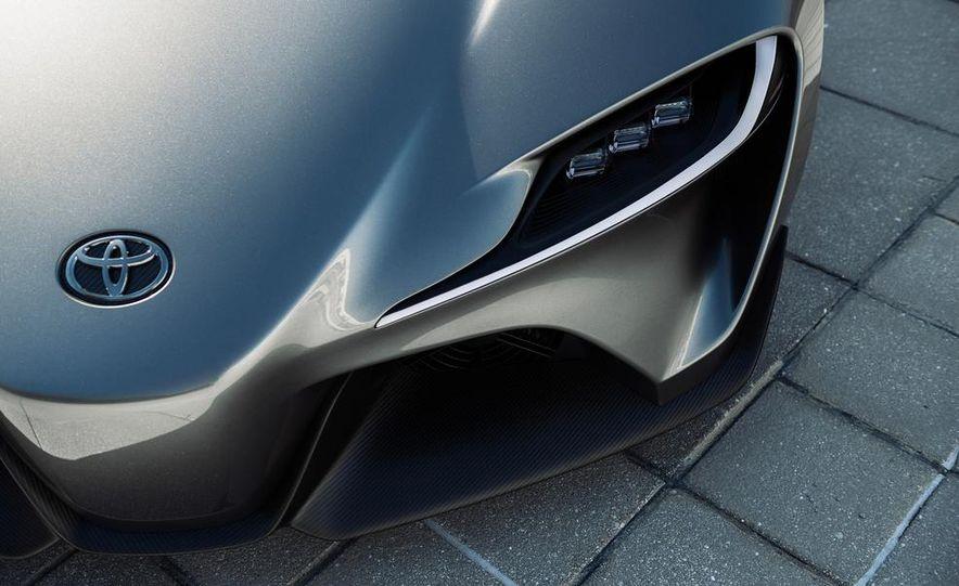 Toyota FT-1 concept - Slide 11