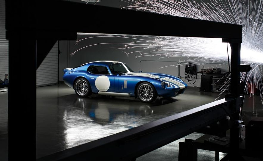 Renovo Coupe EV - Slide 4