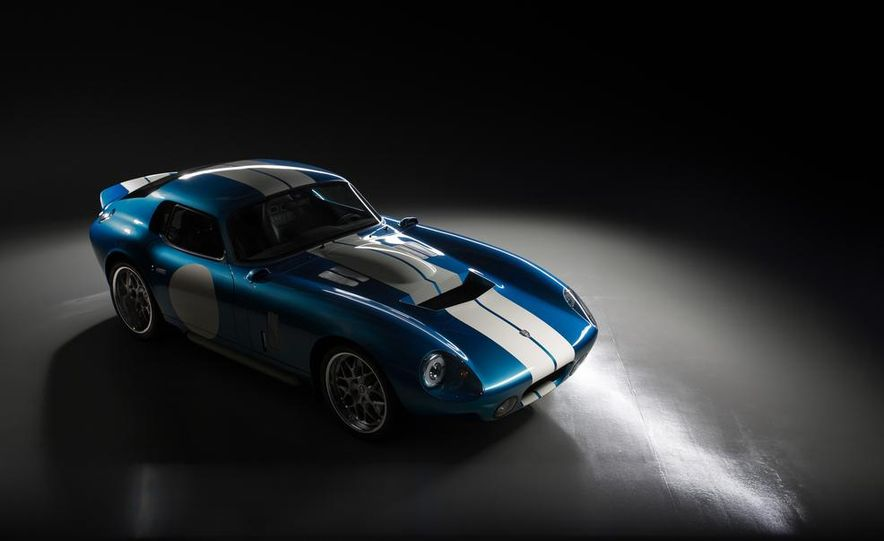 Renovo Coupe EV - Slide 5