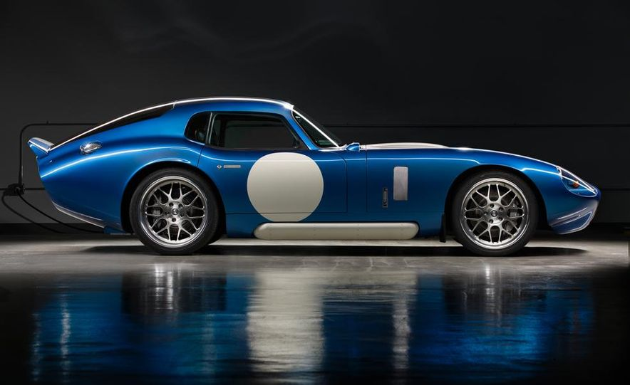 Renovo Coupe EV - Slide 6