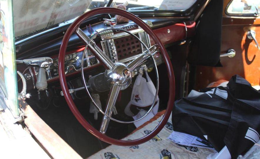 1965 Chrysler New Yorker Wagon - 2014 Concours d'LeMons - Slide 95