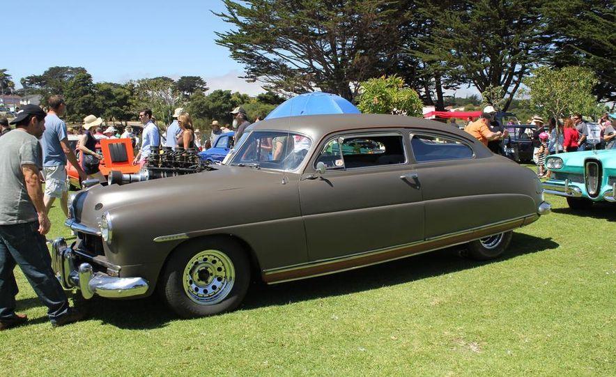 1965 Chrysler New Yorker Wagon - 2014 Concours d'LeMons - Slide 29