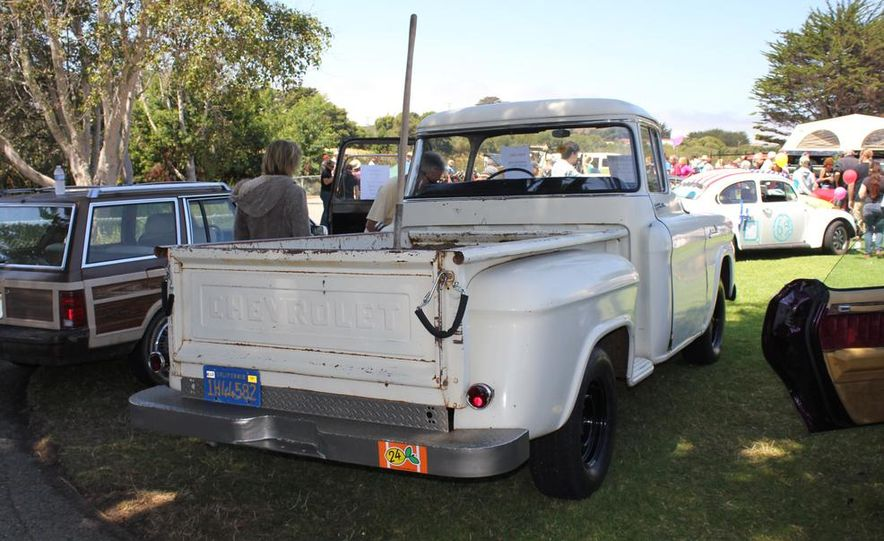 1965 Chrysler New Yorker Wagon - 2014 Concours d'LeMons - Slide 47