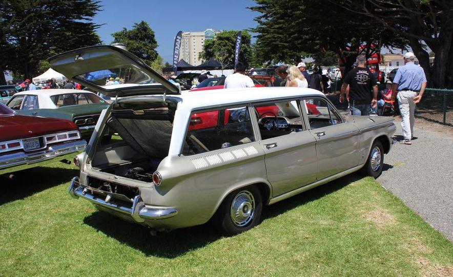 1965 Chrysler New Yorker Wagon - 2014 Concours d'LeMons - Slide 97
