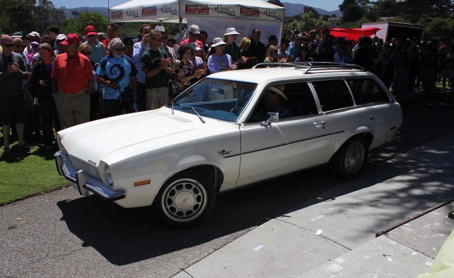 1965 Chrysler New Yorker Wagon - 2014 Concours d'LeMons - Slide 40