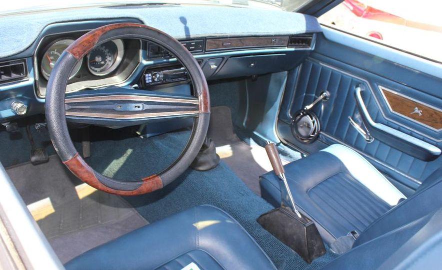 1965 Chrysler New Yorker Wagon - 2014 Concours d'LeMons - Slide 42