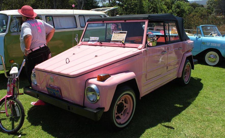 1965 Chrysler New Yorker Wagon - 2014 Concours d'LeMons - Slide 56