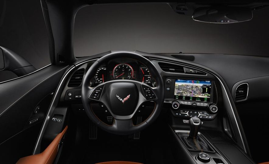 2015 Chevrolet Corvette Stingray coupe - Slide 27