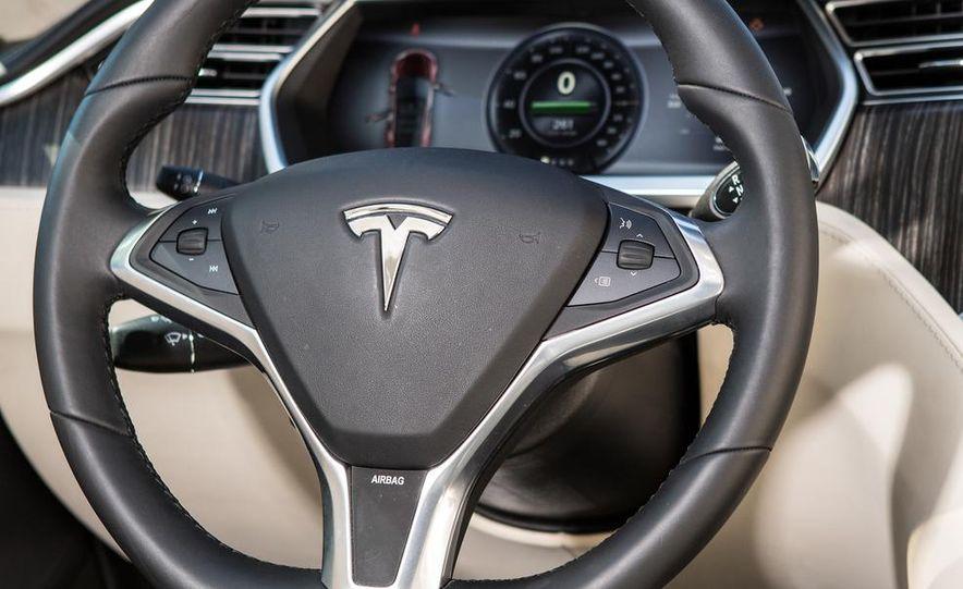 2013 Tesla Model S - Slide 38