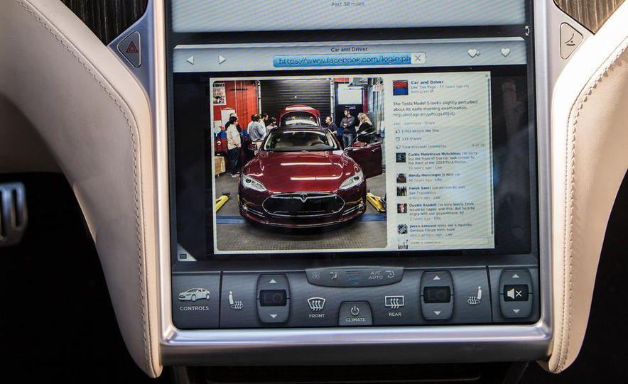 2013 Tesla Model S - Slide 40