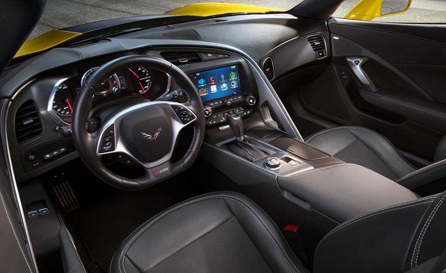 2015 Chevrolet Corvette Z06 coupe - Slide 32