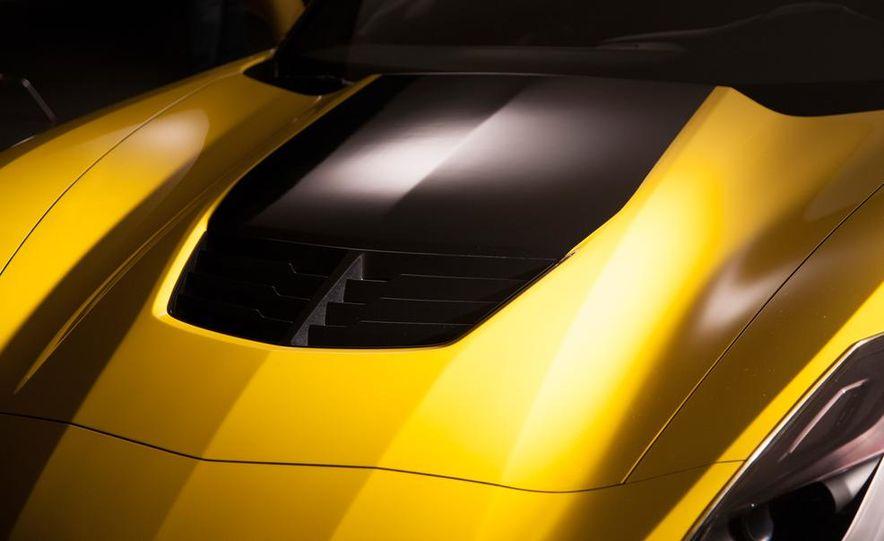 2015 Chevrolet Corvette Z06 coupe - Slide 24