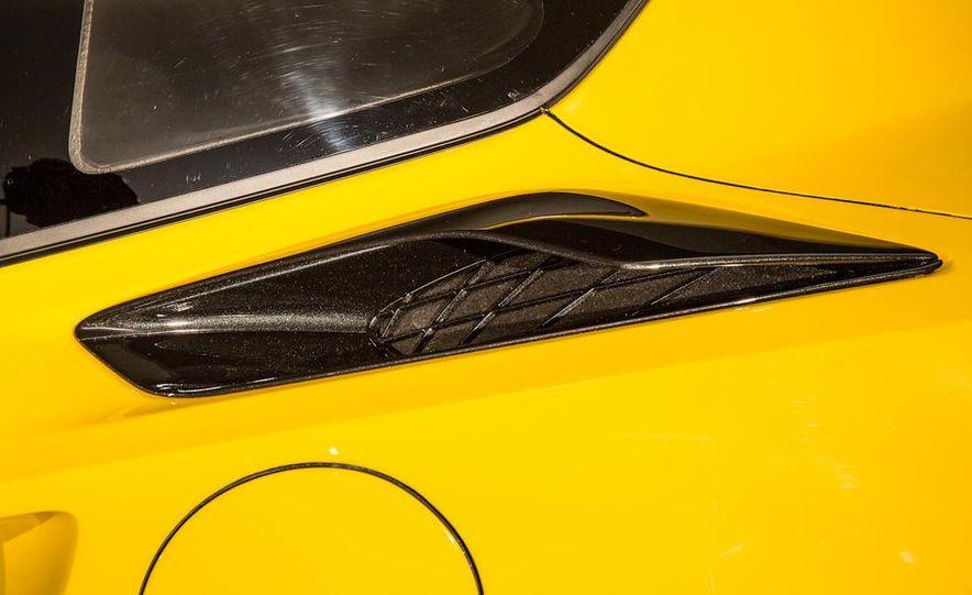 2015 Chevrolet Corvette Z06 coupe - Slide 29