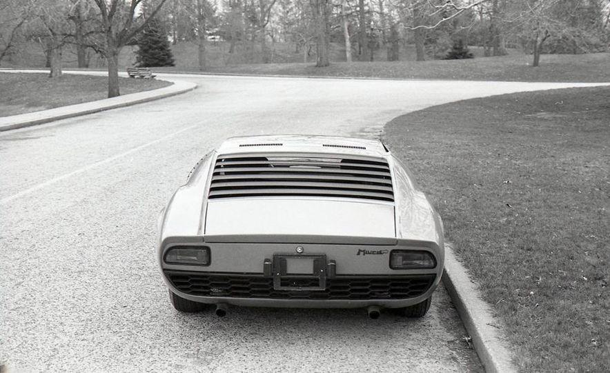 Lamborghini Miura - Slide 9