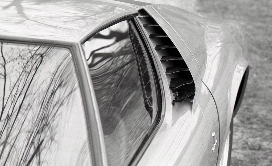 Lamborghini Miura - Slide 13
