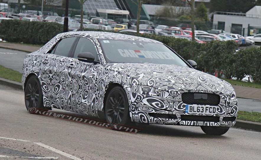 2016 Jaguar XE - Slide 10