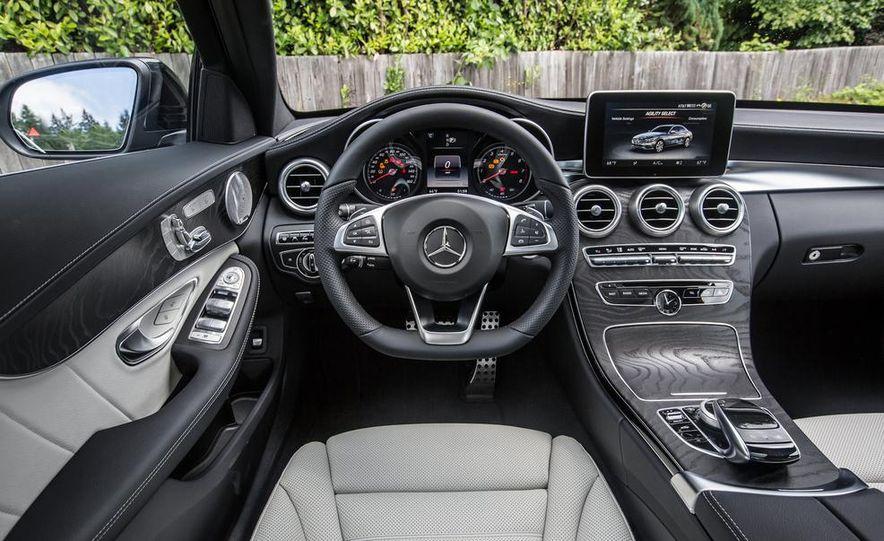 2015 Mercedes-Benz C400 4MATIC - Slide 37