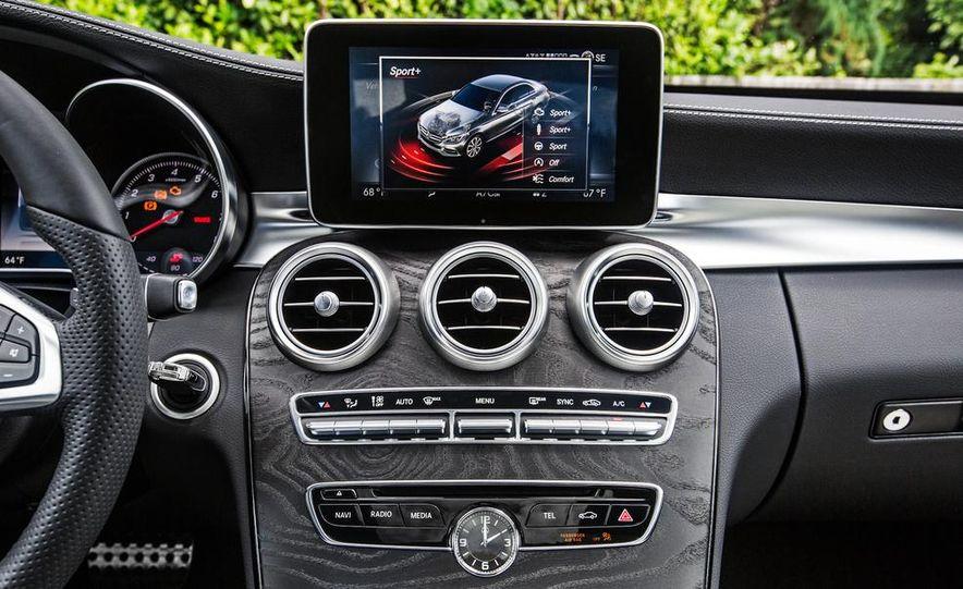 2015 Mercedes-Benz C400 4MATIC - Slide 41