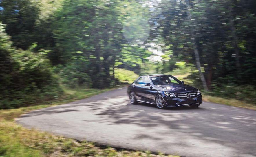 2015 Mercedes-Benz C400 4MATIC - Slide 10