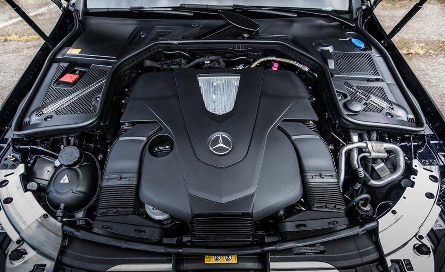 2015 Mercedes-Benz C400 4MATIC - Slide 45