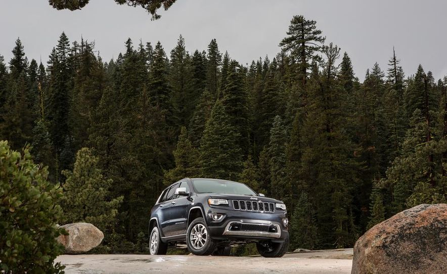 2014 Jeep Grand Cherokee 4X4 Limited model shown - Slide 7