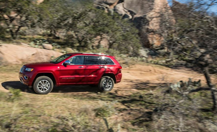 2014 Jeep Grand Cherokee 4X4 Limited model shown - Slide 31