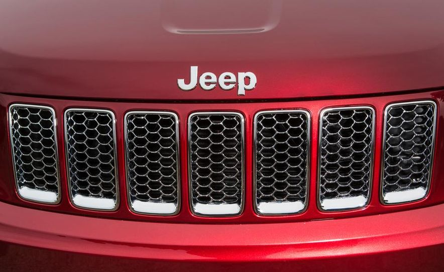 2014 Jeep Grand Cherokee 4X4 Limited model shown - Slide 44