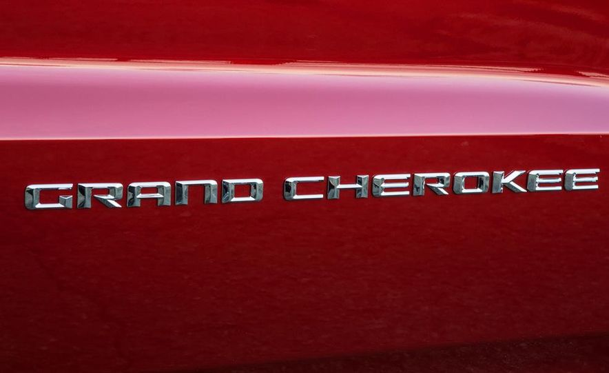 2014 Jeep Grand Cherokee 4X4 Limited model shown - Slide 50