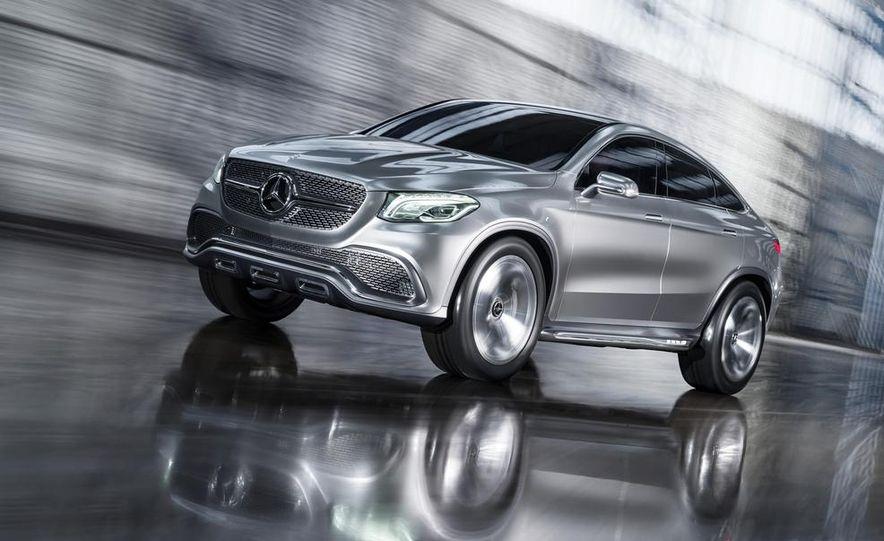Mercedes-Benz Concept Coupé SUV - Slide 1