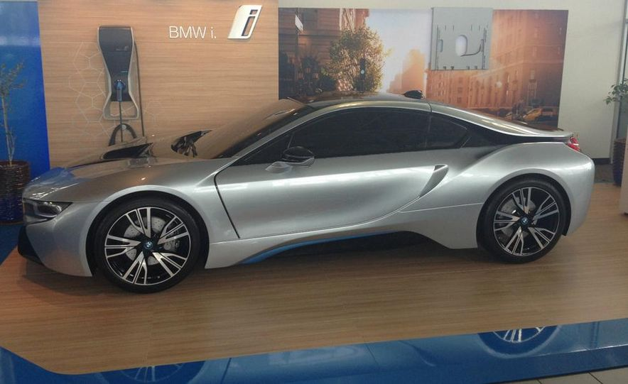 What BMW Selleth, BMW Refuseth to Take Back: The Unsellable, Undrivable, Zero-Emission eBay BMW i8 - Slide 1