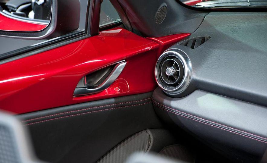 2016 Mazda MX-5 Miata - Slide 14