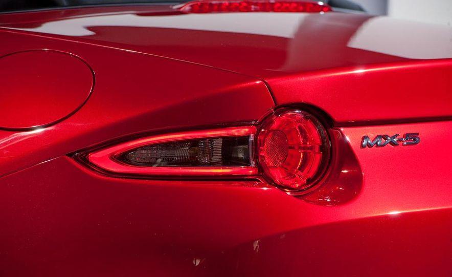 2016 Mazda MX-5 Miata - Slide 8