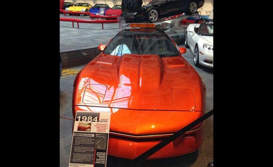"2009 Chevrolet Corvette ZR-1 ""Blue Devil"" Prototype, 1993 40th Anniversary coupe, 1962 Corvette, and 1992 One Millionth Corvette - Slide 28"