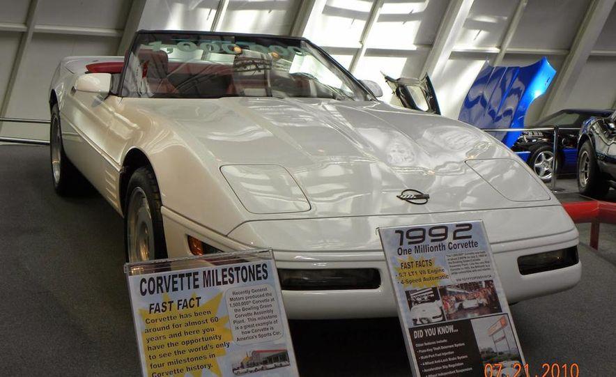 "2009 Chevrolet Corvette ZR-1 ""Blue Devil"" Prototype, 1993 40th Anniversary coupe, 1962 Corvette, and 1992 One Millionth Corvette - Slide 24"