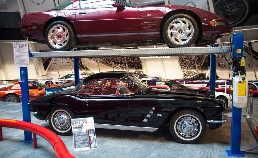 "2009 Chevrolet Corvette ZR-1 ""Blue Devil"" Prototype, 1993 40th Anniversary coupe, 1962 Corvette, and 1992 One Millionth Corvette - Slide 27"