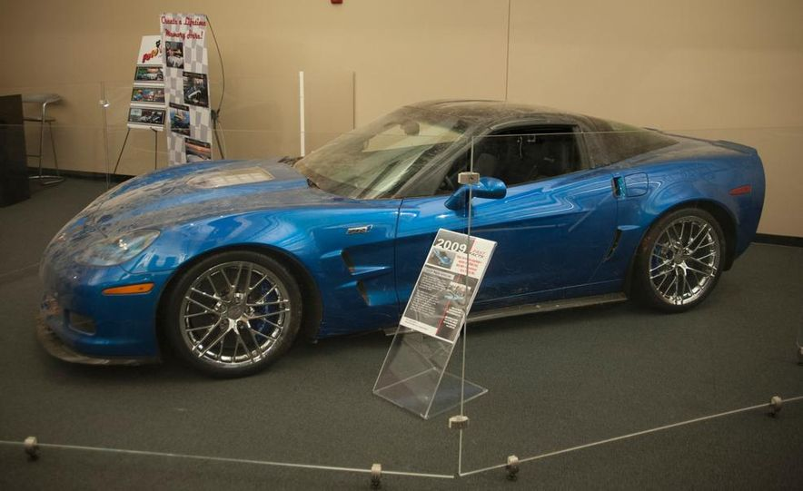 "2009 Chevrolet Corvette ZR-1 ""Blue Devil"" Prototype, 1993 40th Anniversary coupe, 1962 Corvette, and 1992 One Millionth Corvette - Slide 2"
