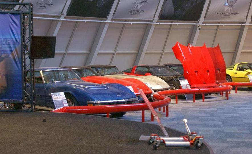 "2009 Chevrolet Corvette ZR-1 ""Blue Devil"" Prototype, 1993 40th Anniversary coupe, 1962 Corvette, and 1992 One Millionth Corvette - Slide 35"