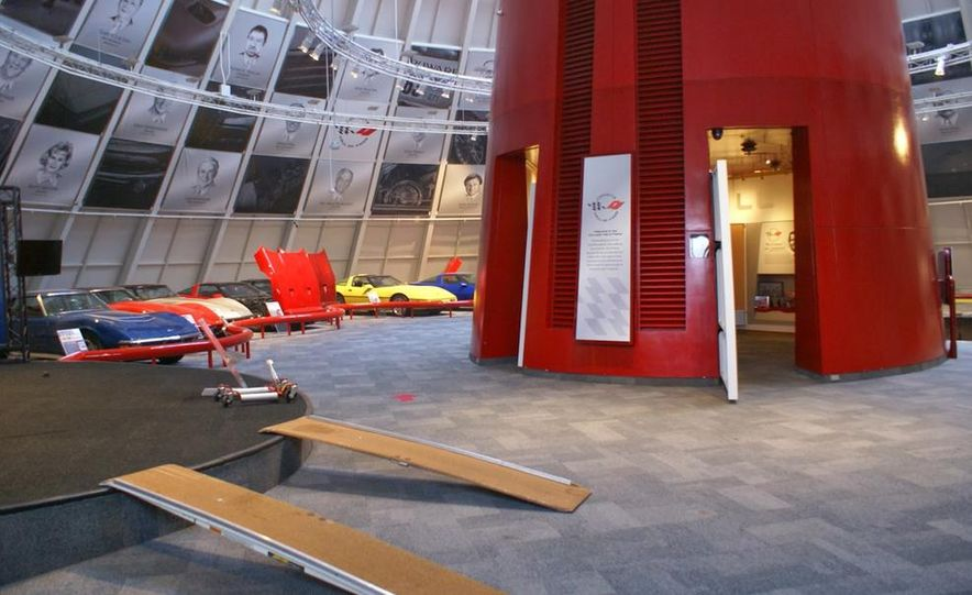 "2009 Chevrolet Corvette ZR-1 ""Blue Devil"" Prototype, 1993 40th Anniversary coupe, 1962 Corvette, and 1992 One Millionth Corvette - Slide 36"