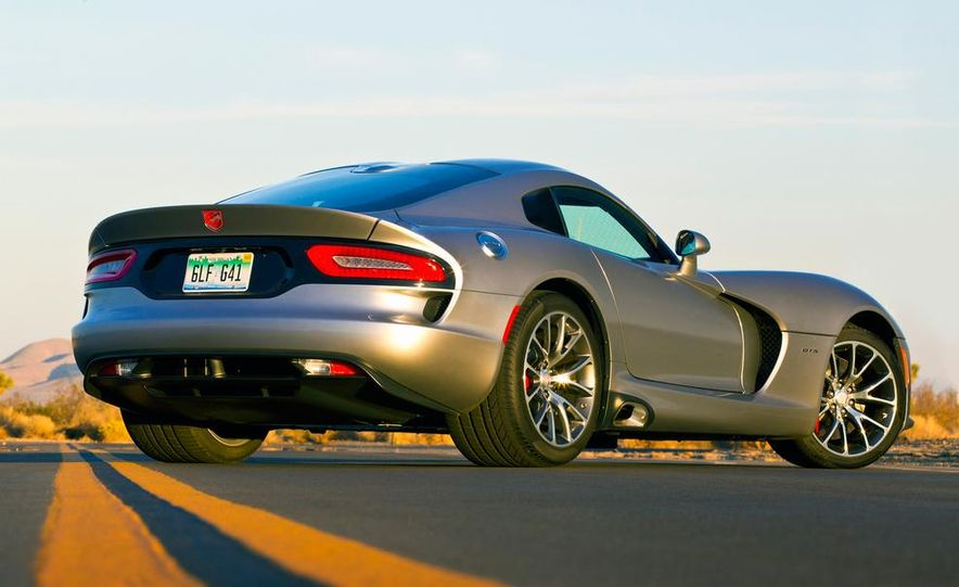 2015 Dodge Viper SRT - Slide 6