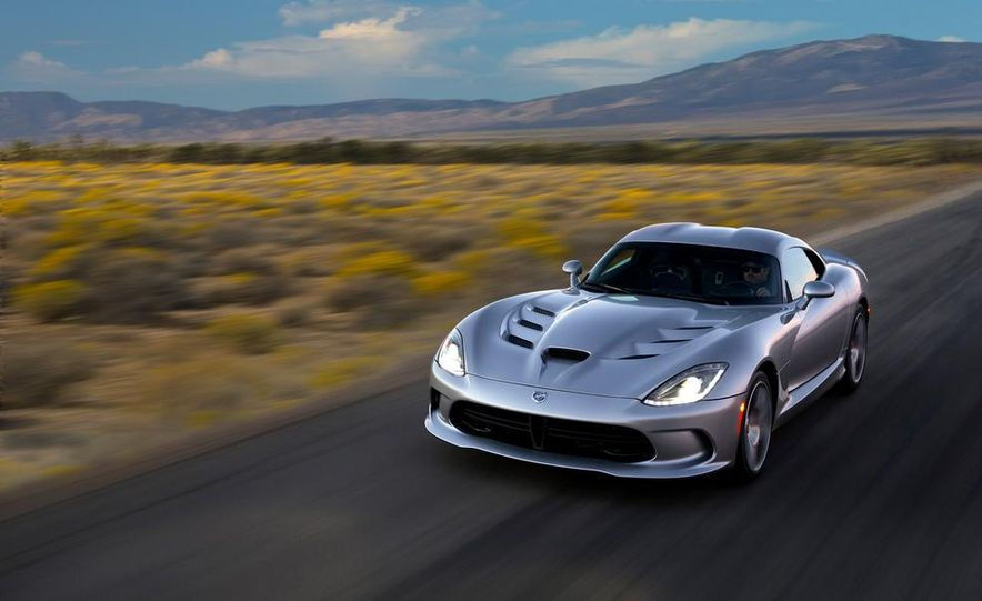 2015 Dodge Viper SRT - Slide 3