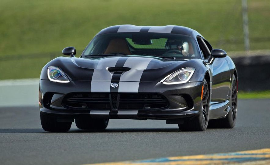 2015 Dodge Viper SRT - Slide 8