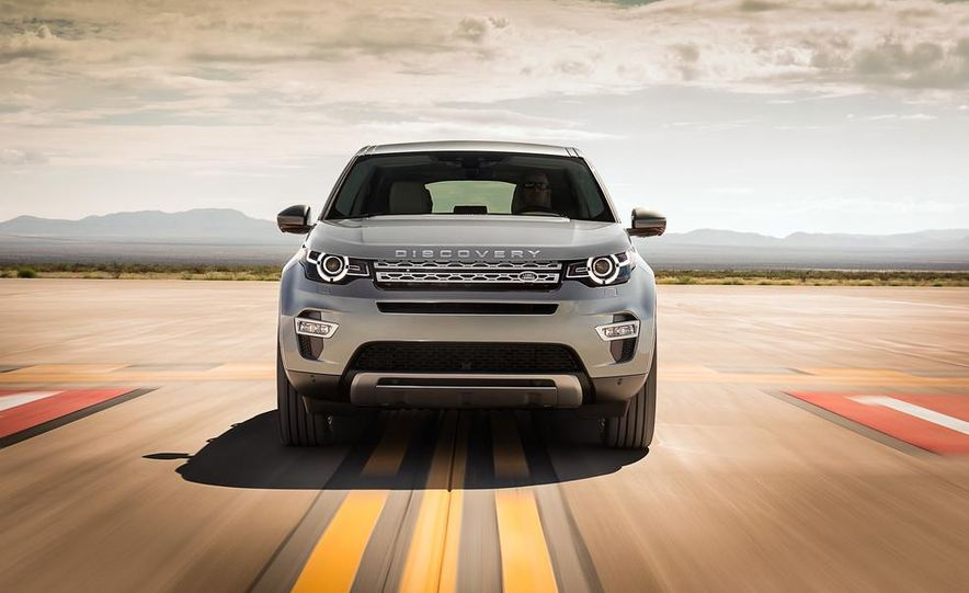 2015 Land Rover Discovery Sport - Slide 3