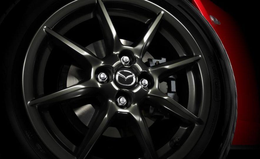 Mazda MX-5 Miata shooting brake (artist's rendering) - Slide 9
