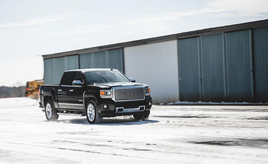 2015 GMC Sierra 1500 Carbon Edition - Slide 2